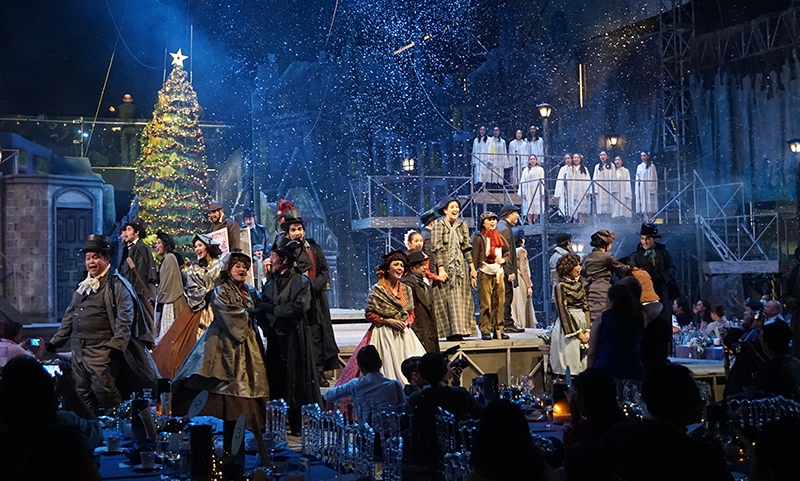 globe-live-and-9-works-theatricals-a-christmas-carol-is-an-explosion-of-good-vibes-5